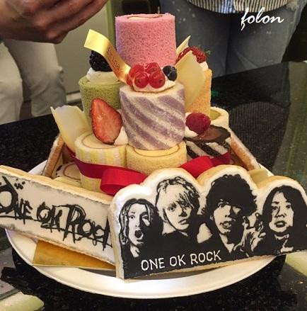 ケーキに飾られた♪01