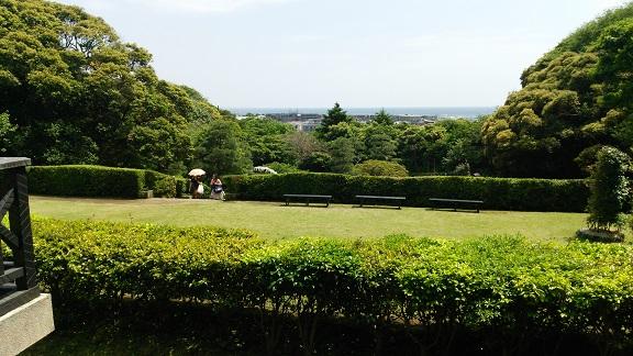 鎌倉文学館より相模湾を望む