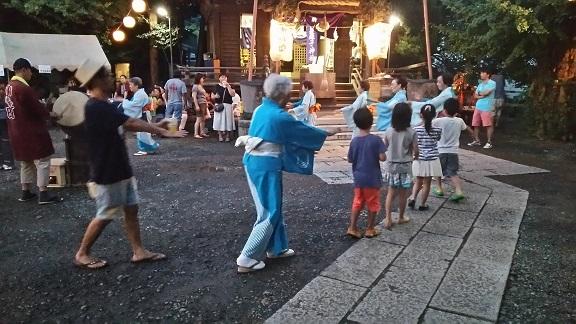 蛭子神社の宵宮の盆踊り