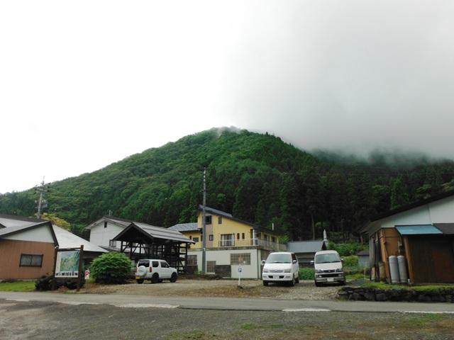 小菅山 (60)