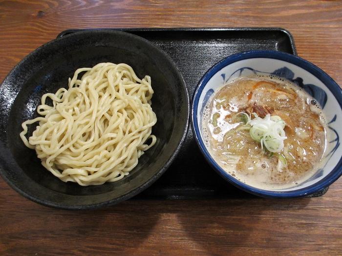 八ちゃん 濃厚魚介味噌つけ麺