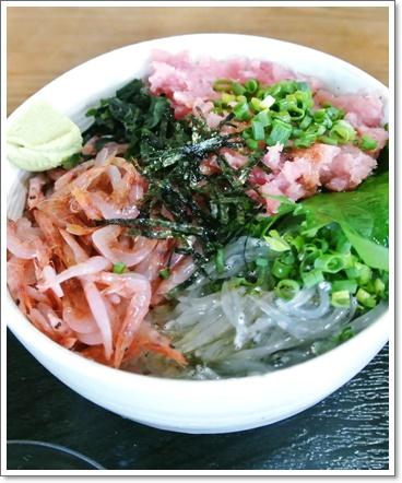 シラス桜エビ&鮪の3色丼