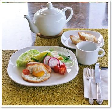 家人の朝食