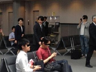 秋篠夫妻IN空港