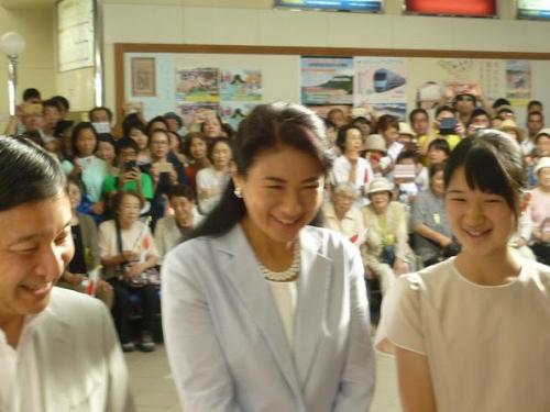 Japan-Royals-3.jpg