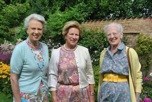 Queen-Margrethe-Princess-Benedikte-Queen-Anne-Marie-1.jpg