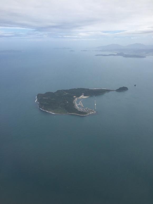 空撮 島の海辺の景色