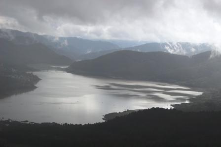 かなやま湖(夕張岳)1