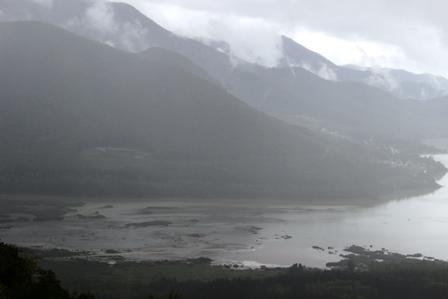 かなやま湖(夕張岳)2