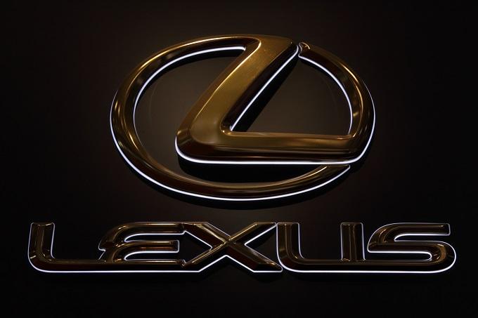 LEXUS (1)-1