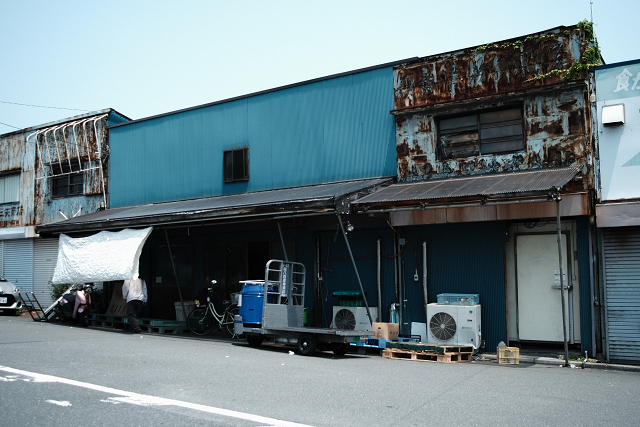 PO33Mと横浜中央卸売市場外