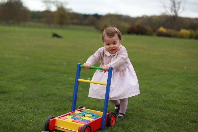 シャーロット王女1歳