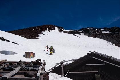 2016-5-19 残雪富士登山36 (1 - 1DSC_0050)_R