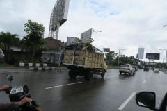 トラックの荷台 (2)