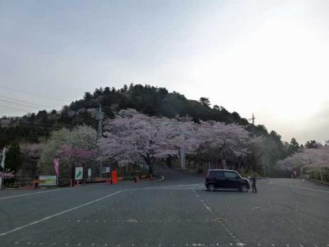 愛宕山の駐車場