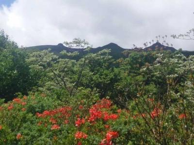 勢至平からの安達太良山