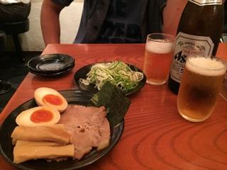 三田盛り・薬味ねぎ・瓶ビール