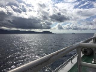 ファーストボートからの海
