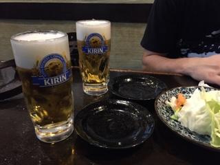 限定セットの生ビール+お通しの生野菜