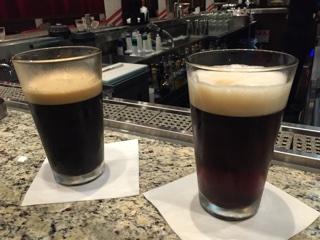ハッピーアワーで黒ビールとハーフ&ハーフ