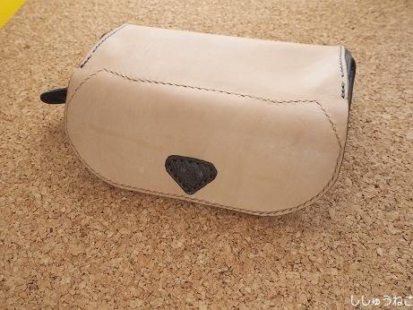 財布 猫型表
