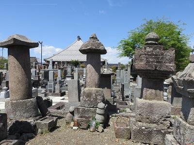 IMG_5034 山手殿の墓