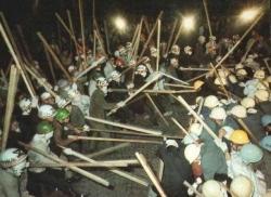 ゲバ棒を民主化棒と呼び、殺し合いをするSEALDSの先輩、民主青年同盟(民青)