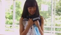 AKB48渡辺美優紀、女子高生制服着替え盗撮ビデオに挑戦