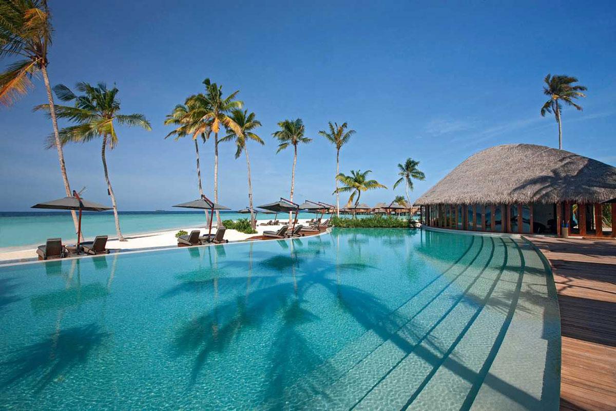 Constance-Halaveli-Resort-Maldives-14.jpg