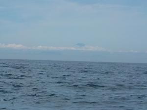 DSCN2137 10時41分富士山を背にして帰航