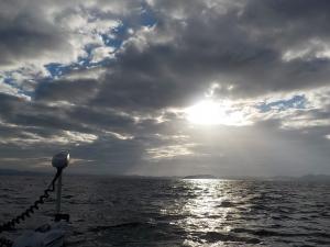DSCN2187 雲の合間から日差しが