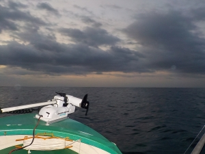 DSCN2418 基本の日の出出航
