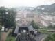 城砦に上がるケーブルカー