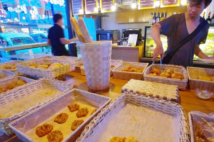 ピノのパン屋さん (2)