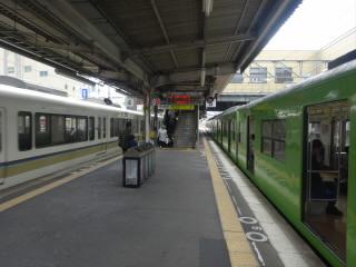 JR大和路線柏原駅