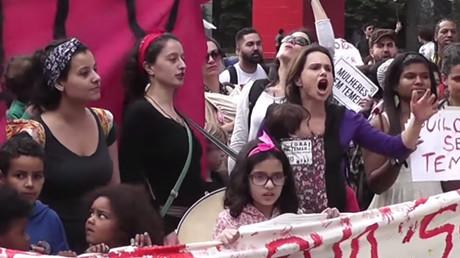 ブラジルのクーデターに抗議