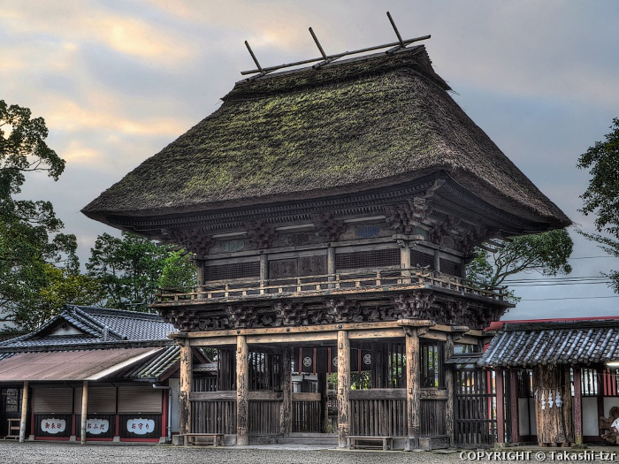 青井阿蘇神社楼門