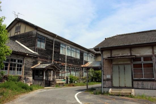 ⑪三木高等女学校 (550x367)