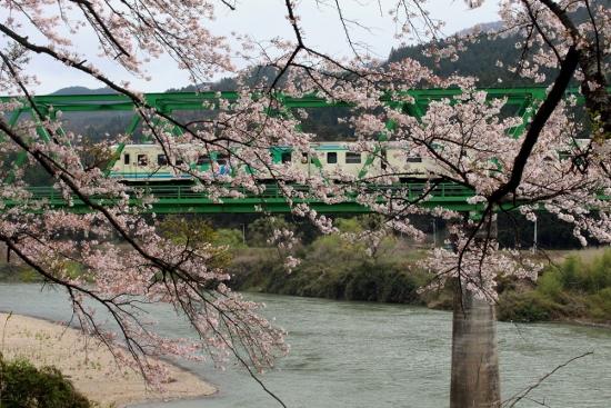 ⑮第2阿武隈川橋梁2 (550x367)