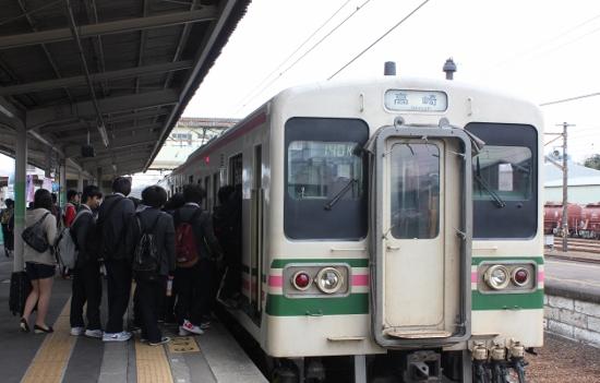 ①安中駅107系