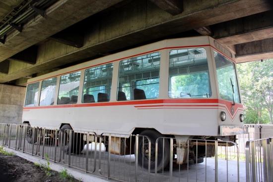 ⑧高速電車第3次試作車「はるにれ」昭和40年 (550x367)