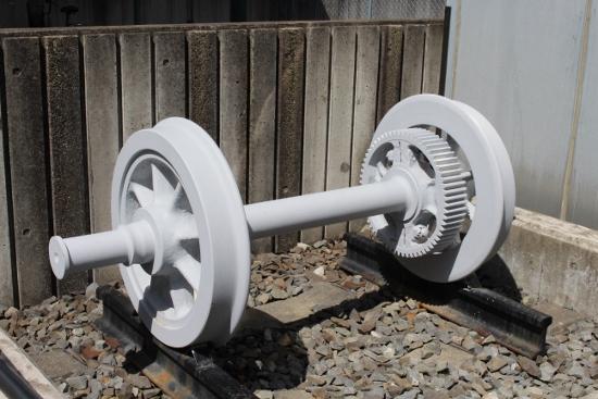 ①車輪モニュメント (550x367)