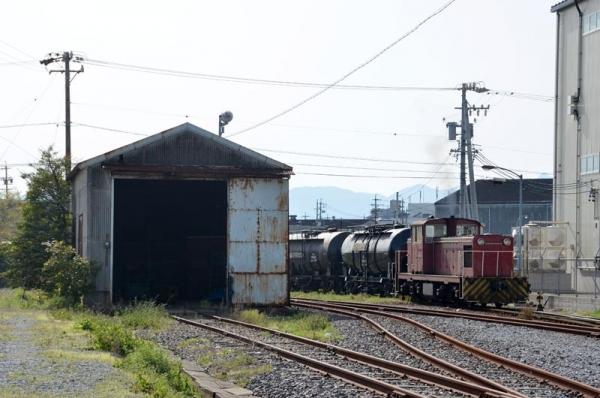 四日市港セメント輸送