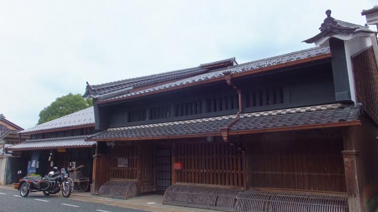 小坂家 格式を表す「うだつ」の家