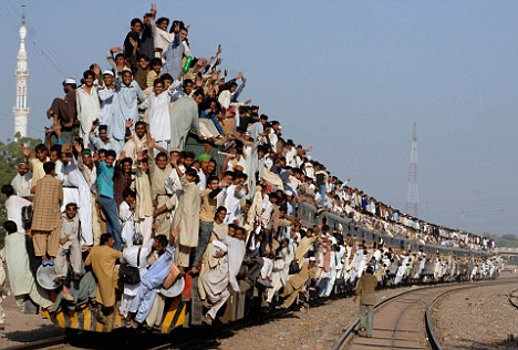 インド満員電車