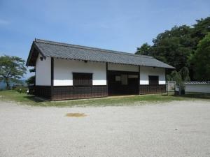 岩村城/知新館正門