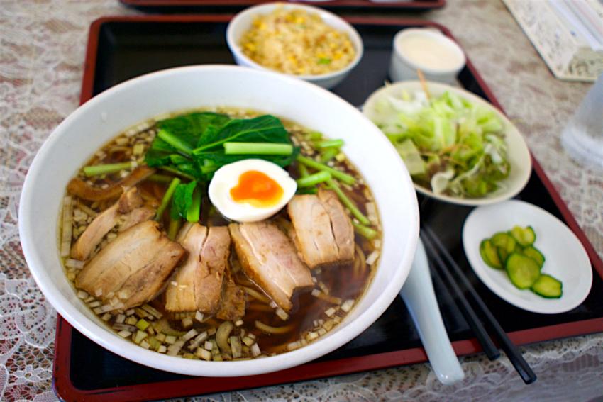 上海キッチン なごむ@宇都宮市戸祭元町 チャーシュー麺セット