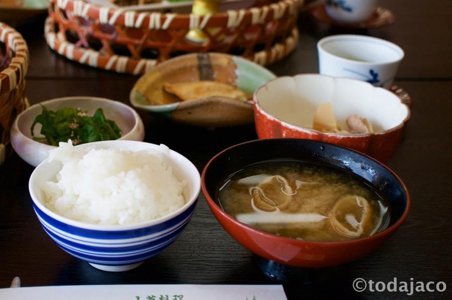 飯と味噌汁