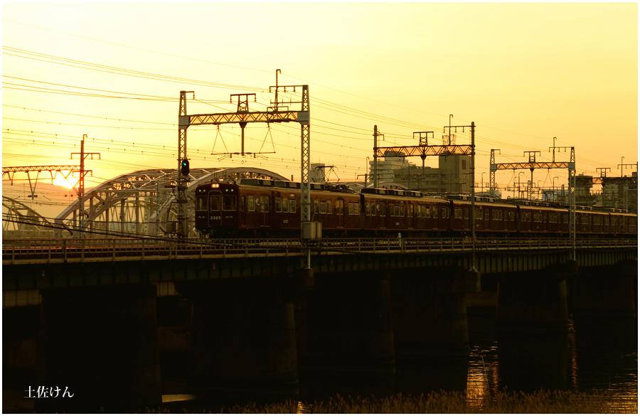 夕景と電車4