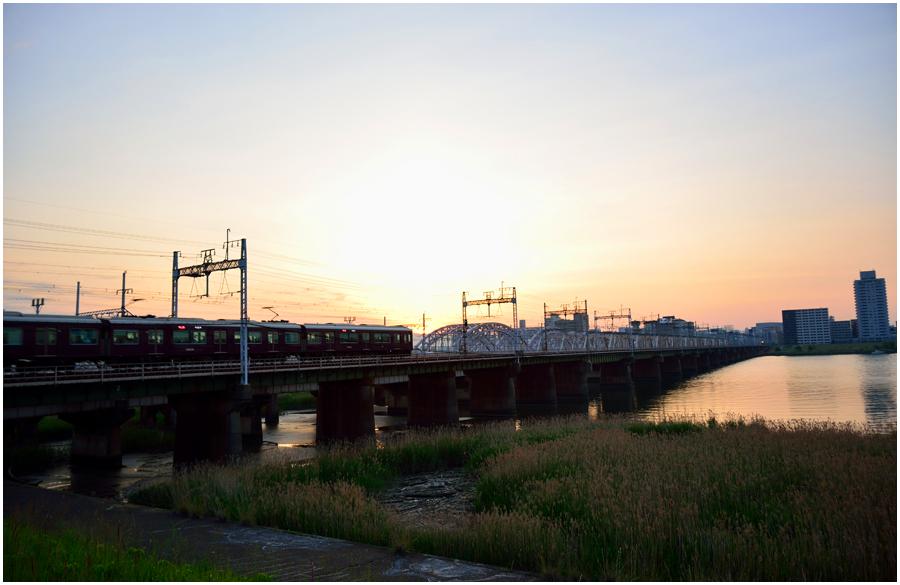 夕景と電車・助手4